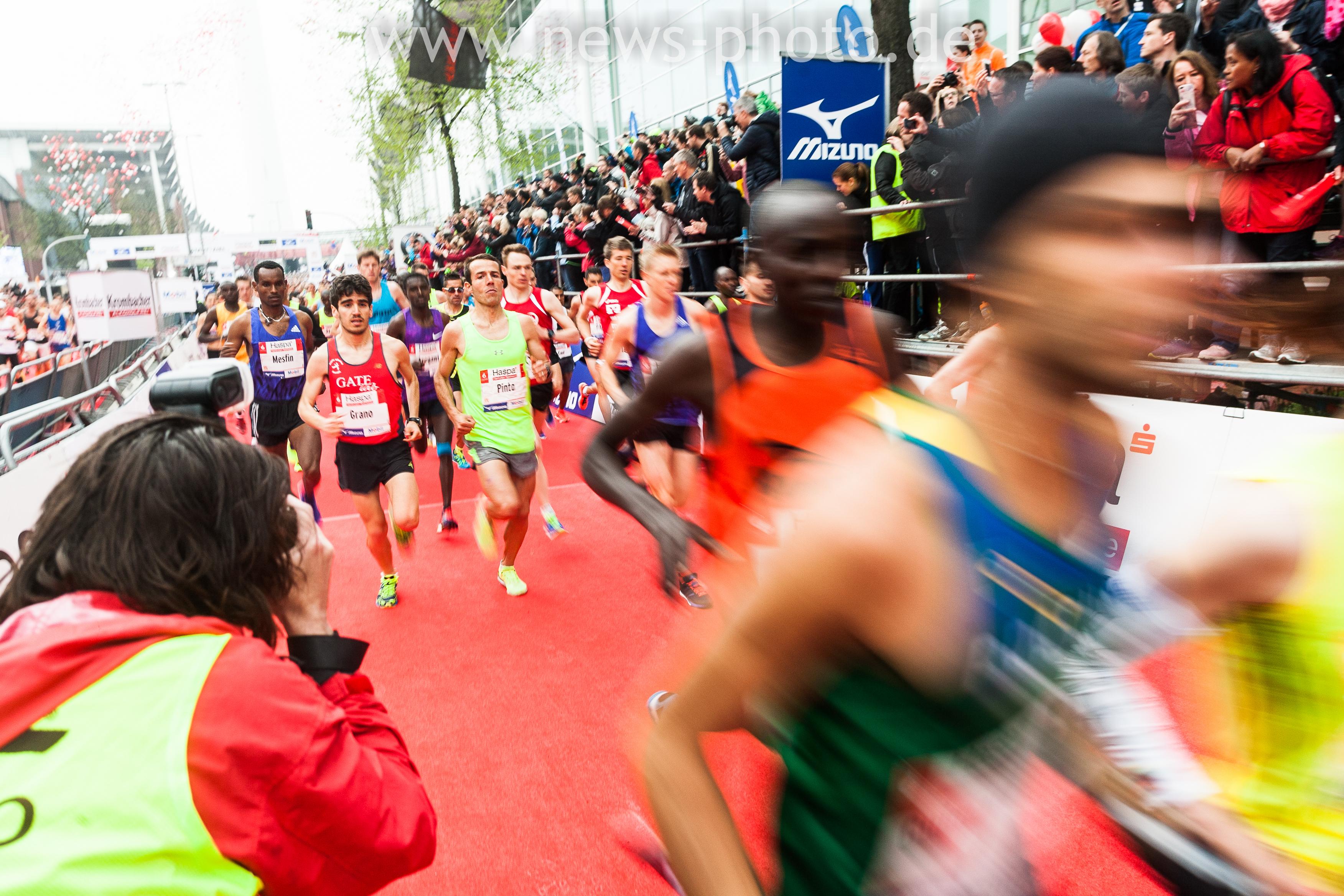 Die Proiläufer Starten beim Haspa Marathon 2015